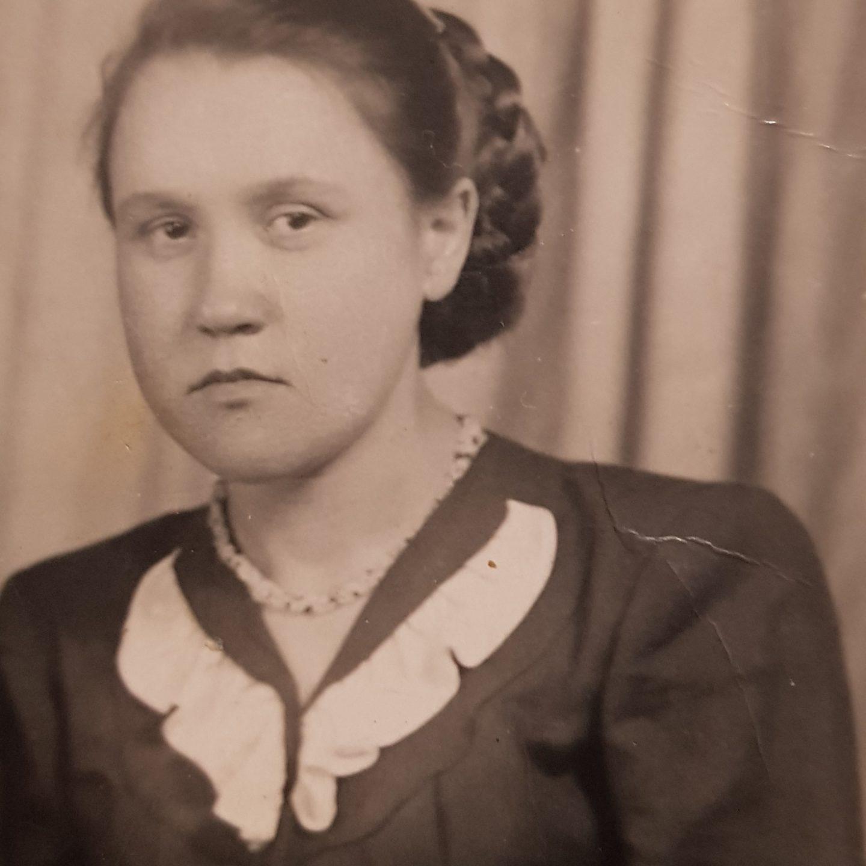 Истомина (Андреева) Евгения Петровна