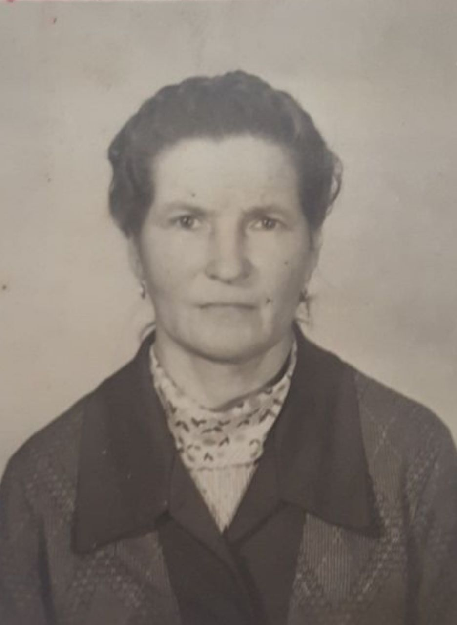 Кислицына (Тюфякова) Нина Дмитриевна