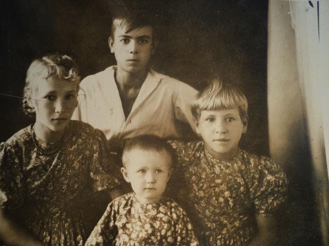 Веселовская (Пономарёва) Надежда Владимировна